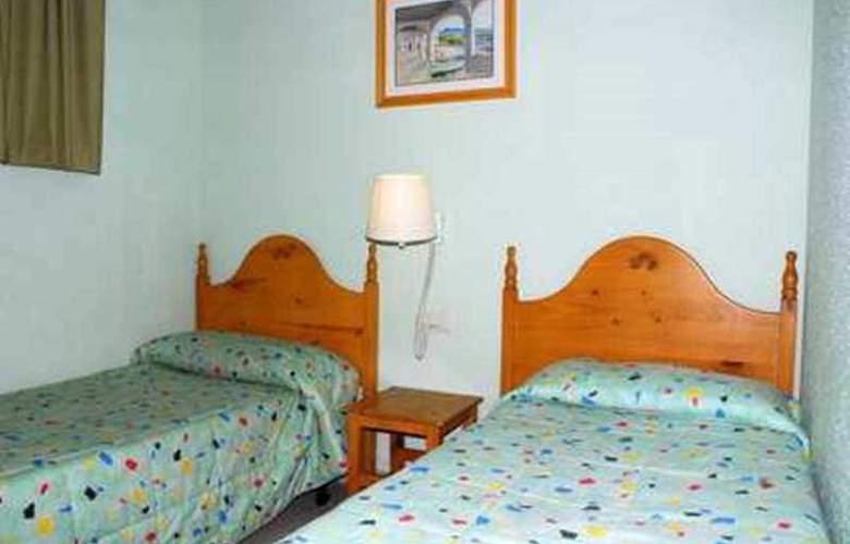 Del Sol 2D Apartamentos - Room - 6