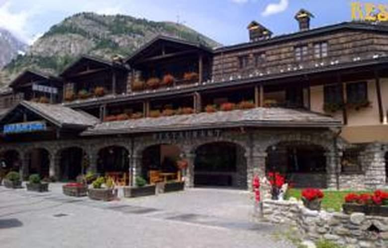 Hotel Mont Blanc - Hotel - 5
