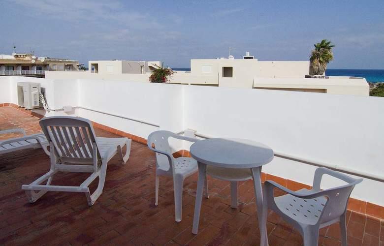 Apartamentos Pou Des Pujols - Terrace - 2
