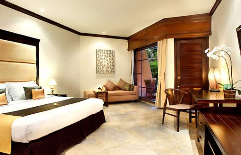 Sol Beach House Bali Benoa - Room - 16