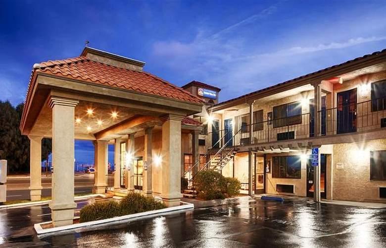 Best Western Desert Villa Inn - Hotel - 3