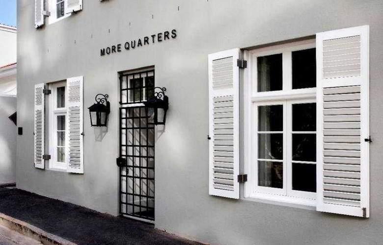 More Quarters - Hotel - 0