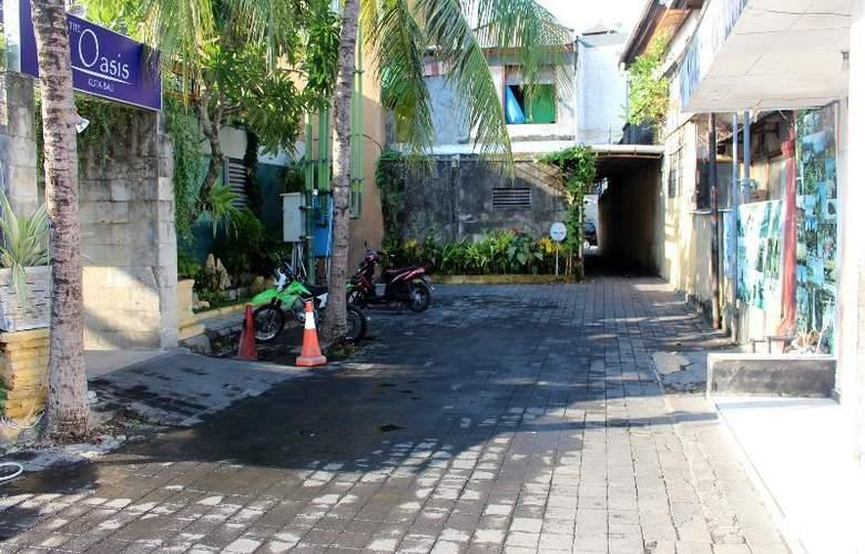 Oasis Kuta - Hotel - 10