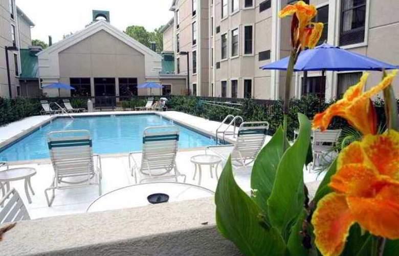 Hampton Inn & Suites Tampa North - Hotel - 10