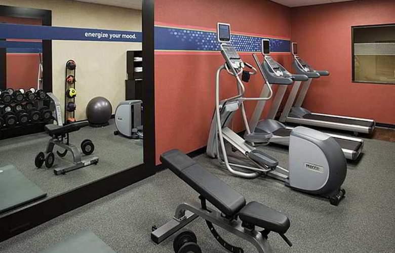 Hampton Inn & Suites Tulare - Sport - 10