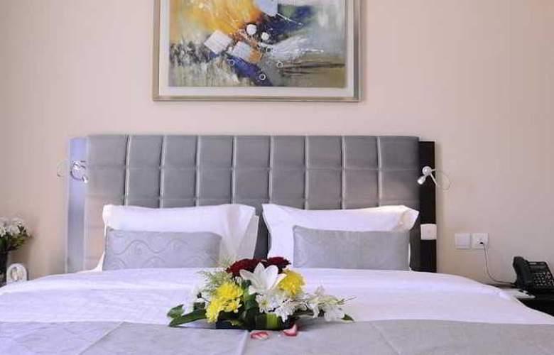 MIRA Hotel - Room - 2