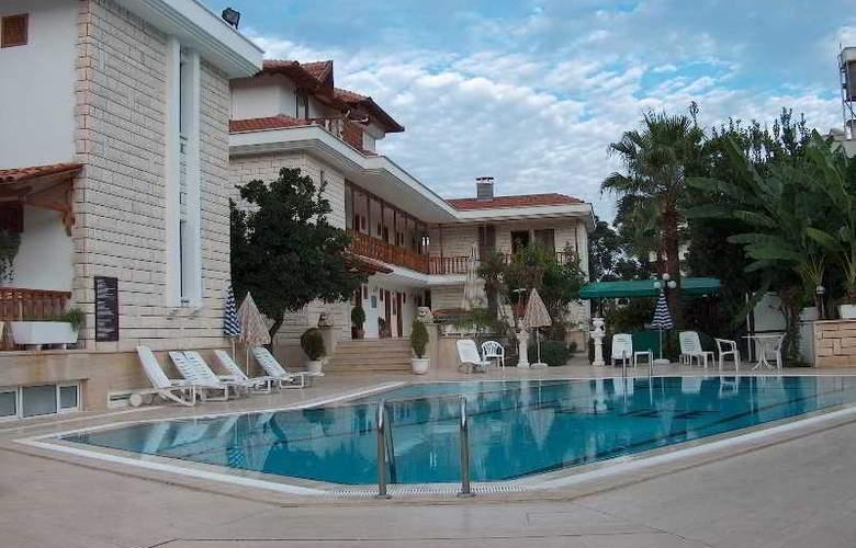 Felice Hotel - Pool - 26