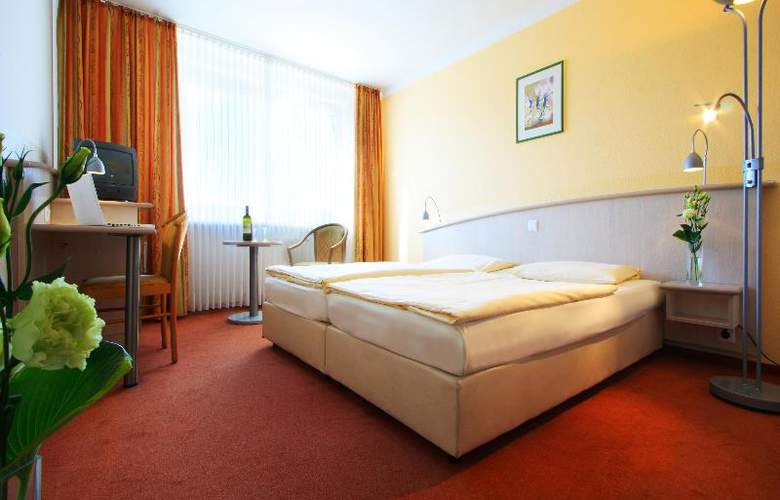 Panorama Inn Hotel und Boardinghaus - Room - 1