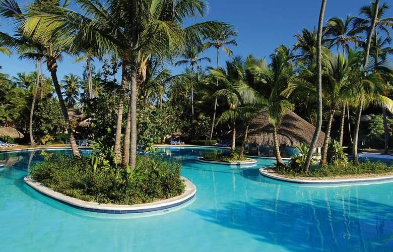 Dominican Beach - Pool - 1