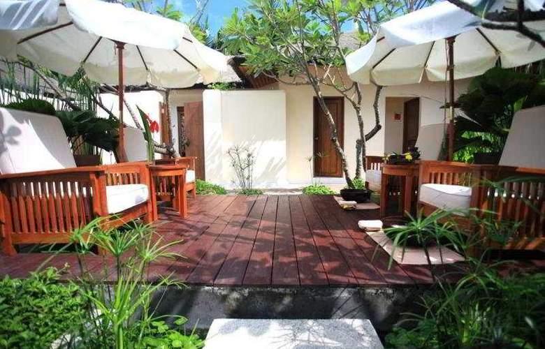 Bandara Resort & Spa - Terrace - 5