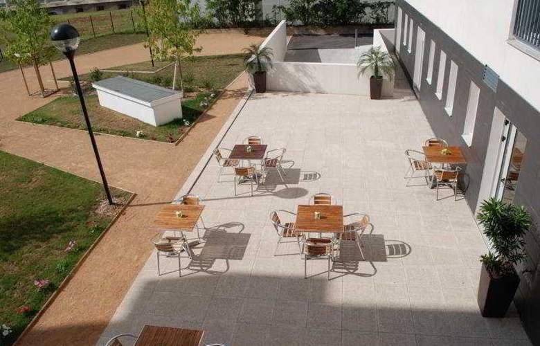 Odalys Bioparc à Lyon - Terrace - 4