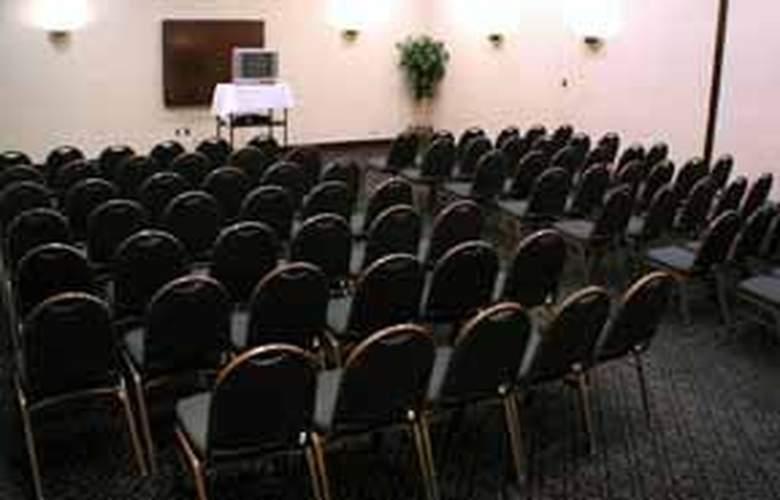 Quality Inn & Stes Arlington - General - 2