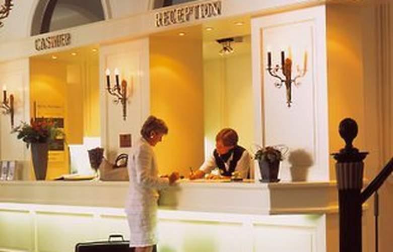 Hotel Navarra - General - 1