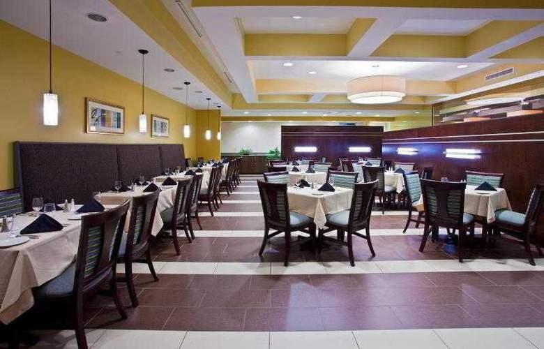 Holiday Inn Titusville / Kennedy Space Center - Restaurant - 32