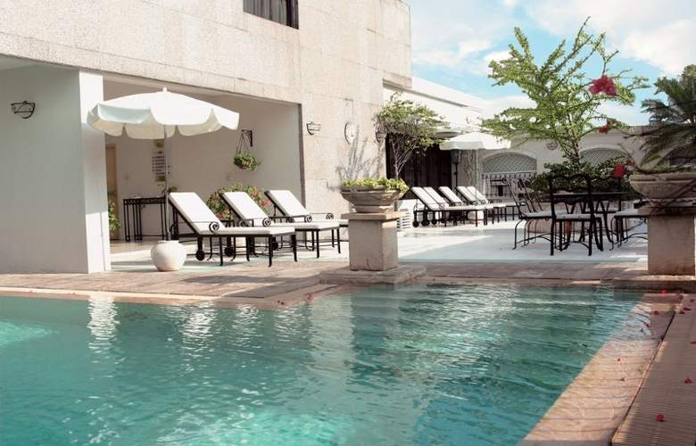Cape House Serviced Apartment - Pool - 13