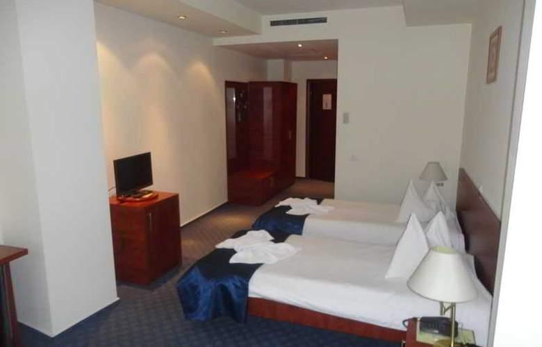 Samaa - Room - 12