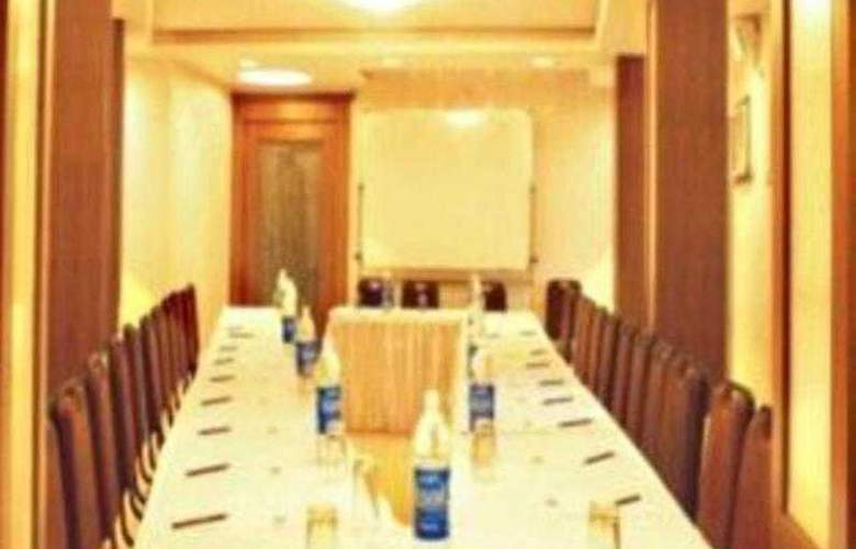 Bandra Residency - Conference - 10