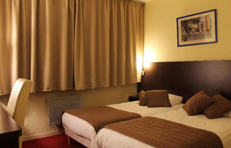 Comfort Hotel Paris Orly - Room - 9
