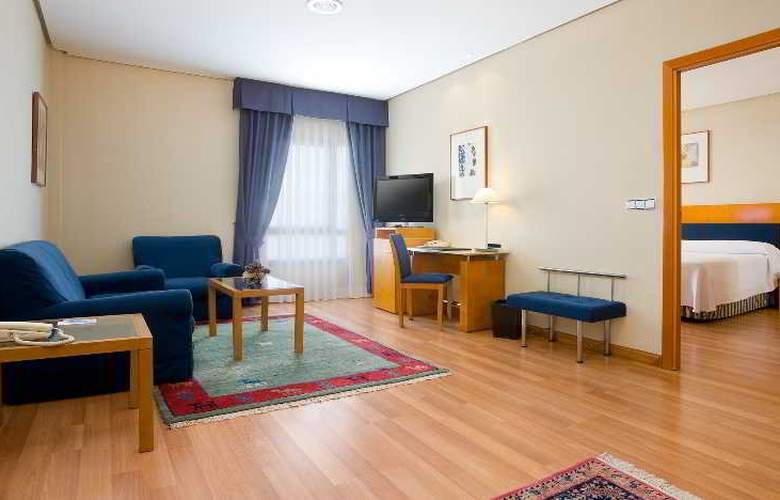 NH Ciudad de Cuenca - Room - 8