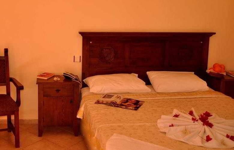 Gumbet Beach Resort - Room - 0