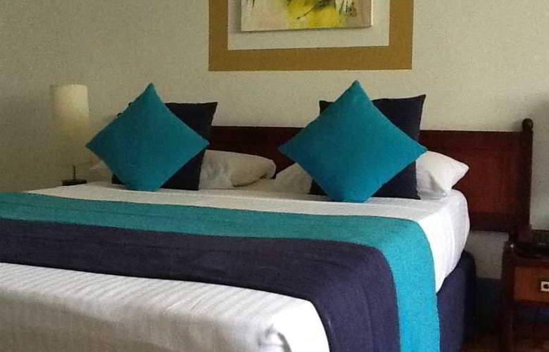 Palm Village - Room - 11