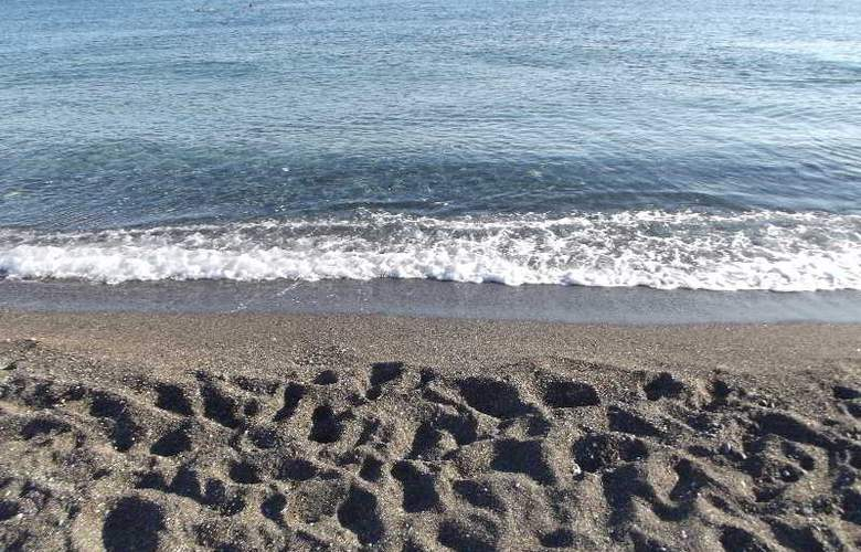Tylissos Beach Hotel - Beach - 16