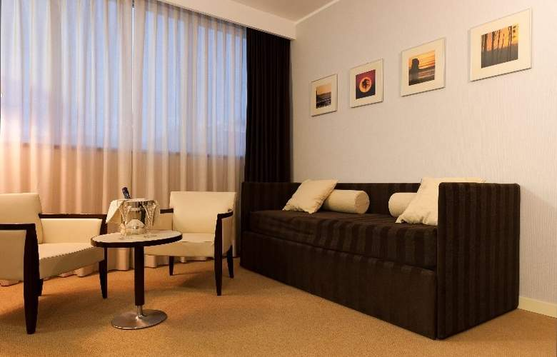 Italiana Hotels Cosenza - Room - 2