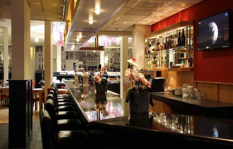 Bastion Maastricht - Bar - 16