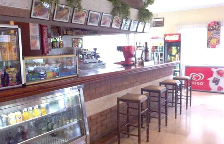Apartamentos Las Mariposas - Bar - 4