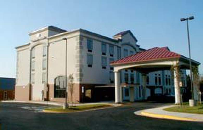 Comfort Suites (Chantilly) - Hotel - 0