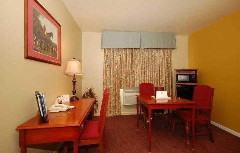 Best Western John Jay Inn - Hotel - 12