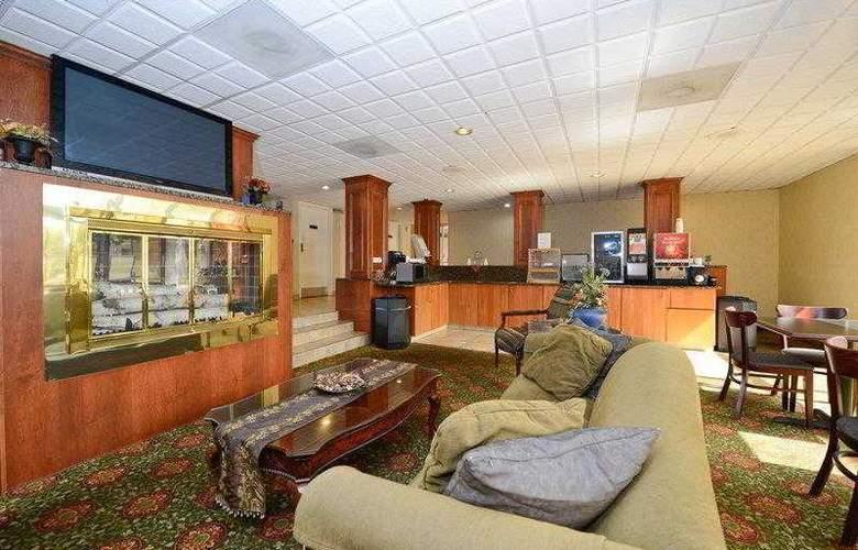 BEST WESTERN Hospitality Hotel - Hotel - 18