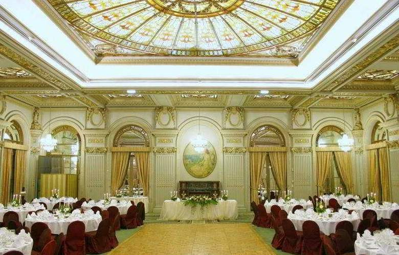 Athenee Palace Hilton Bucharest - Restaurant - 9