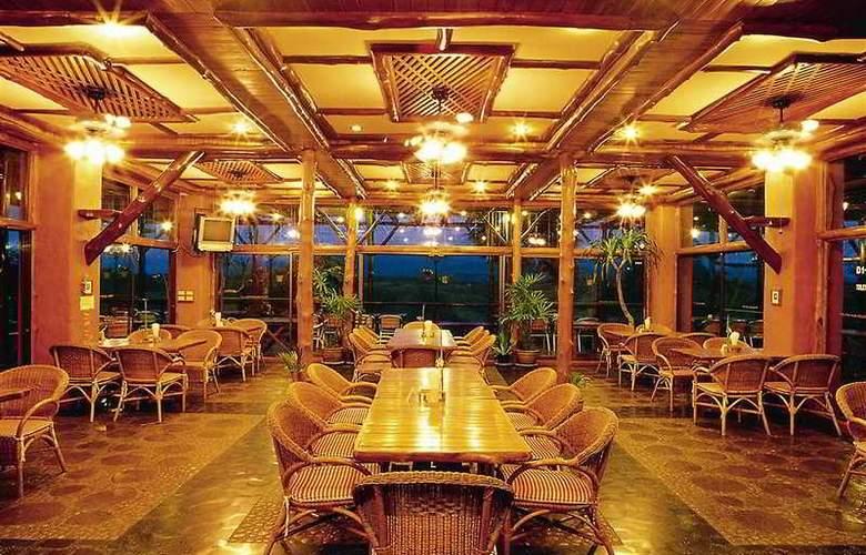 Phu Pha Nam Resort & Spa - Restaurant - 8