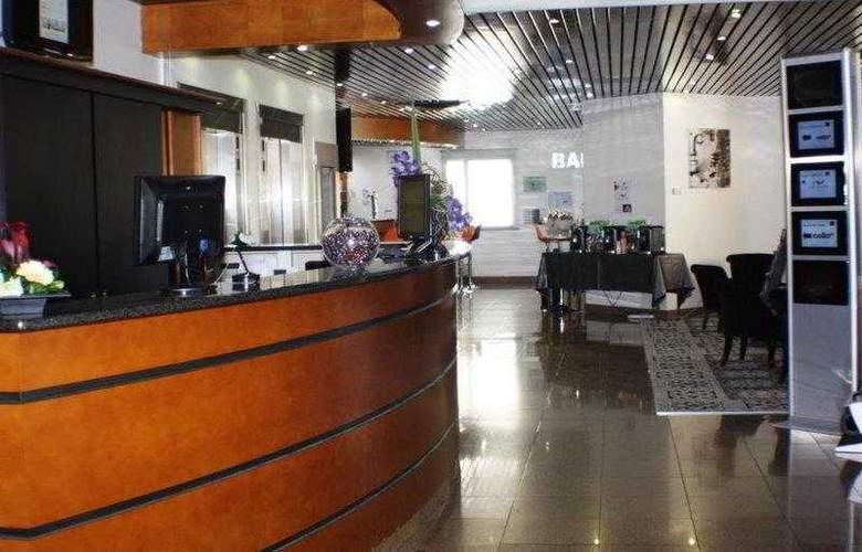 Best Western Saphir - Hotel - 11
