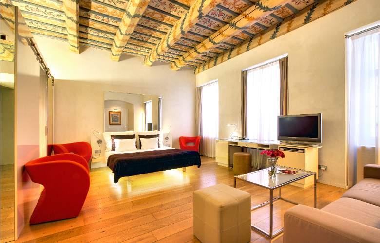 Three Storks Hotel - Room - 3