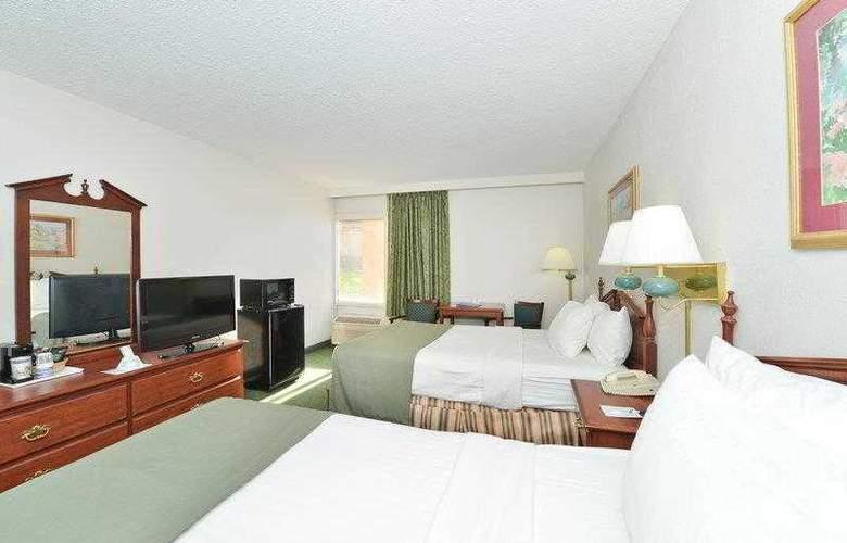 Best Western Holiday Plaza - Hotel - 18