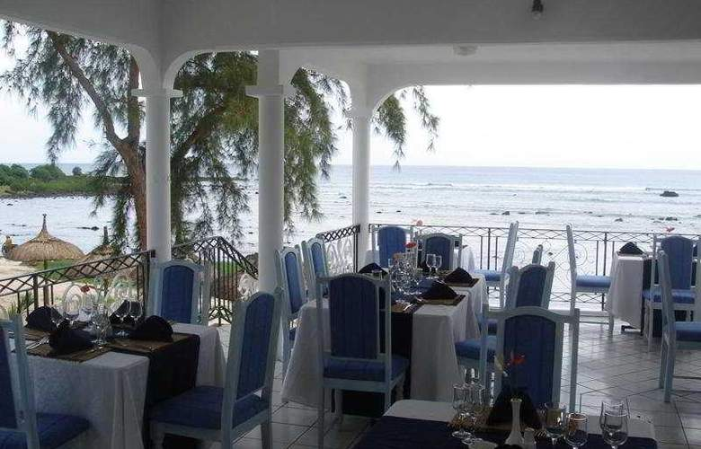 Oasis Beach Club - Restaurant - 8