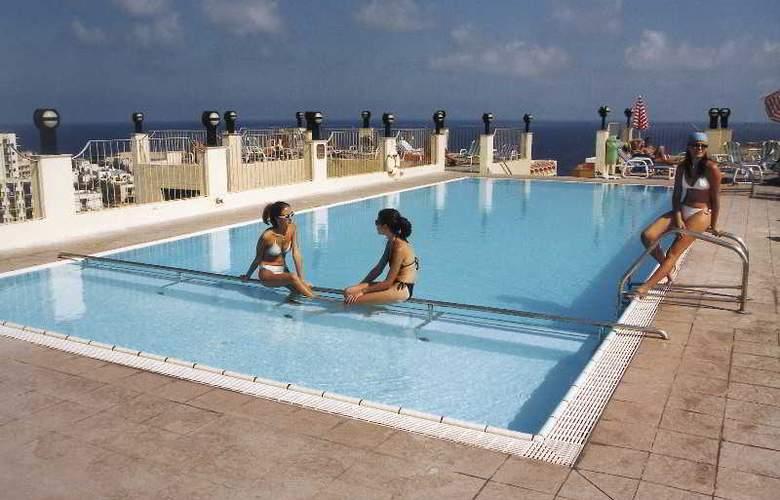 Santana - Pool - 8