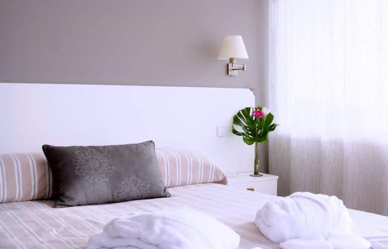 Daina Hotel - Room - 12