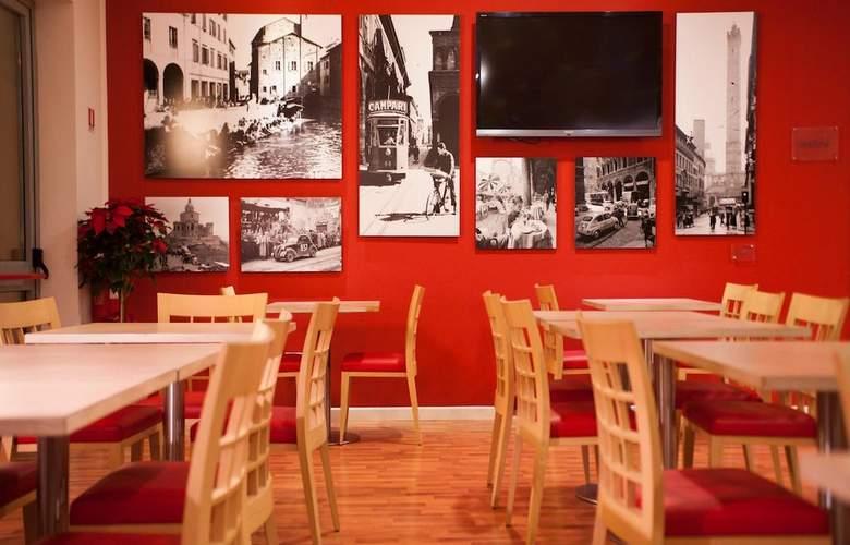 Ramada Encore - Restaurant - 4