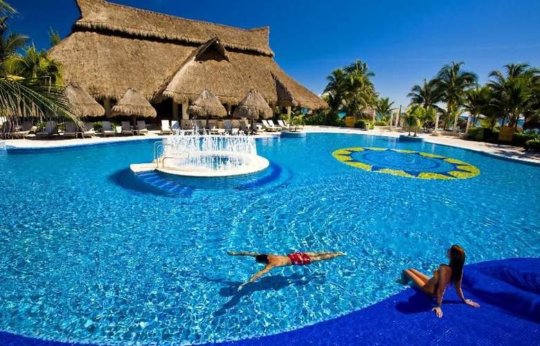 Catalonia Royal Tulum Beach & Spa Resort  - Pool - 1