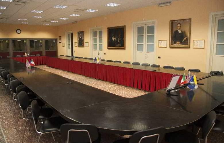 Casa La Salle - Conference - 20