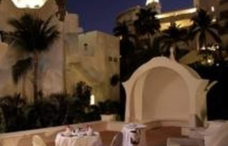 Las Hadas Golf Resort & Marina - Terrace - 12