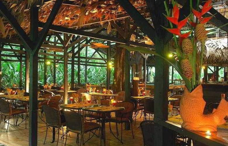 Almonds & Corals - Restaurant - 8