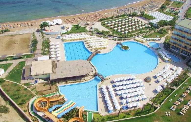 Acapulco Beach Club and Resort - Pool - 5