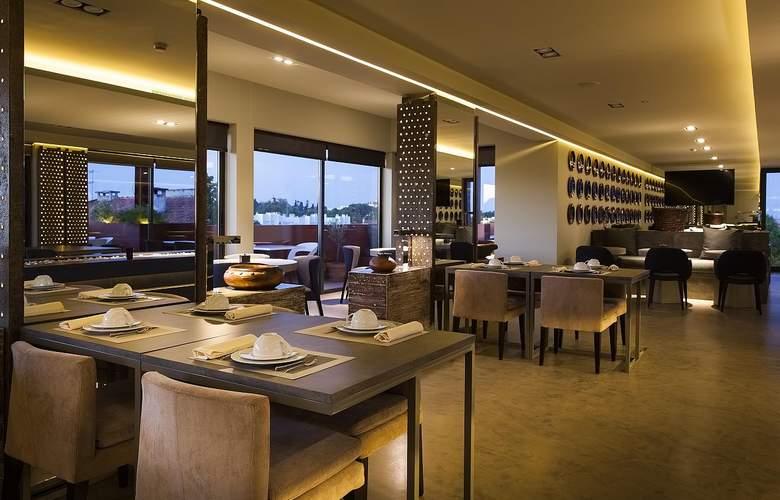 Vitoria Stone - Restaurant - 1