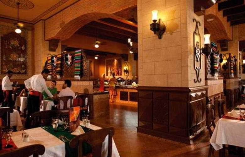 Riu Emerald Bay All Inclusive - Restaurant - 7