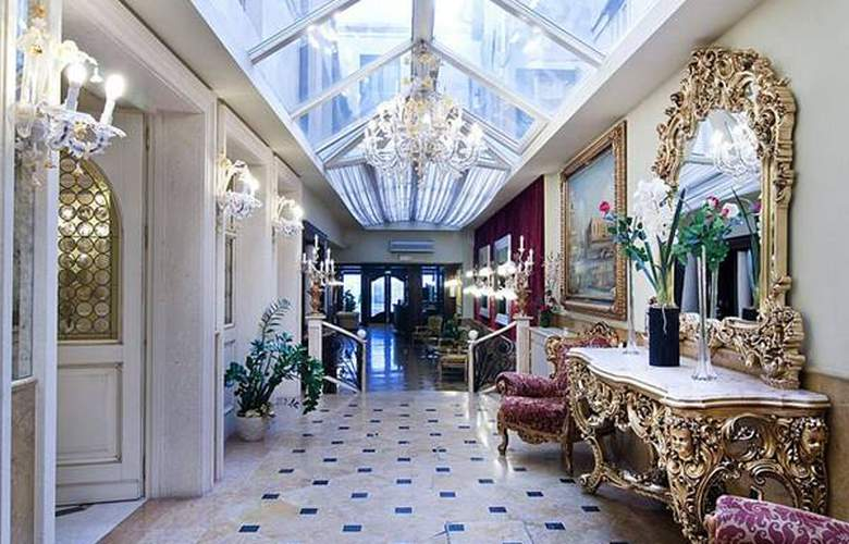 Belle Epoque - Hotel - 4
