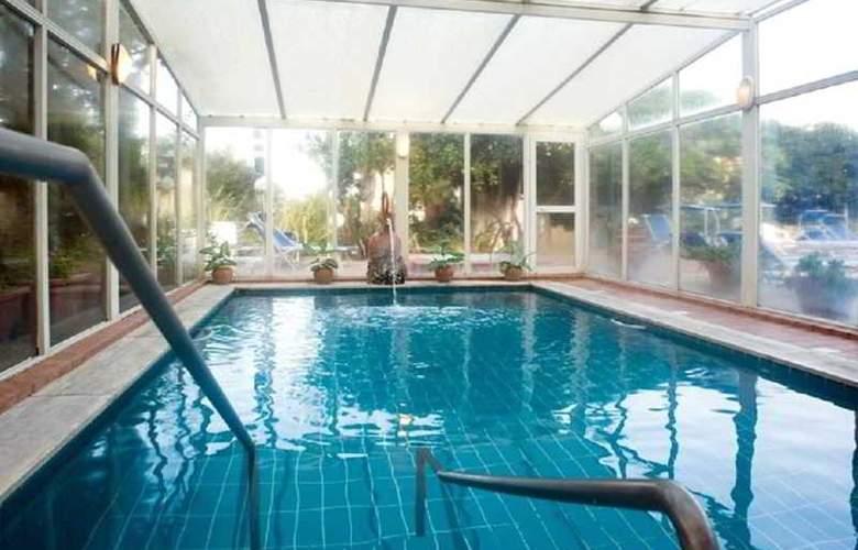 Principe Terme - Pool - 11